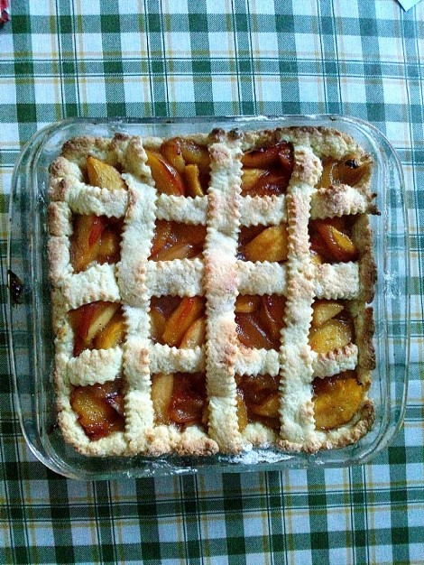 Fresh fruit crostata